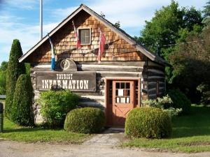 Classic Ottawa Valley log home or granary. This one has been renovated to become the Tourist Info centre in Eganville.